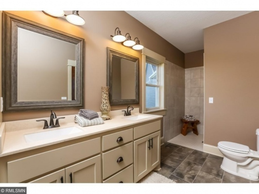 Lexington45 Master Bath